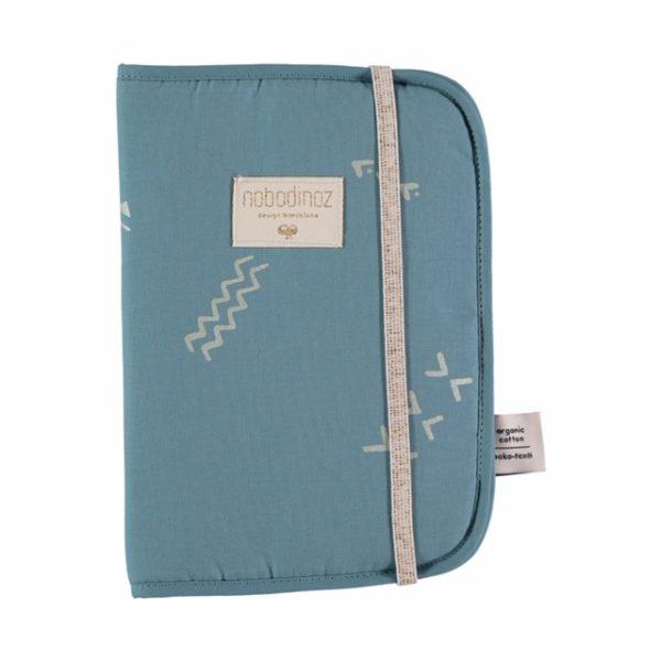 poema-health-booklet-gold-secrets-magic-green-nobodinoz-1