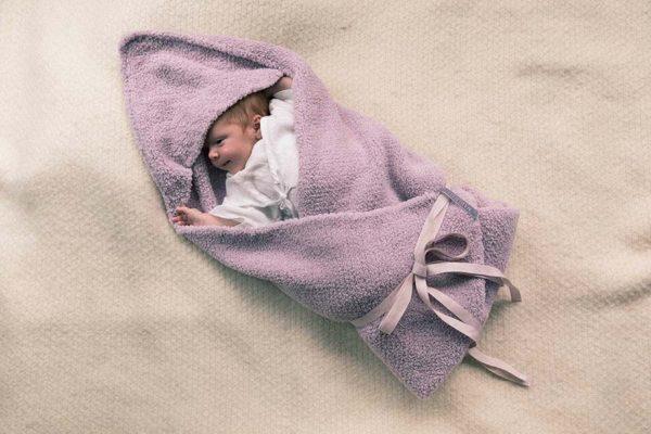 Hooded Blanket 1 copy – Marlmarl