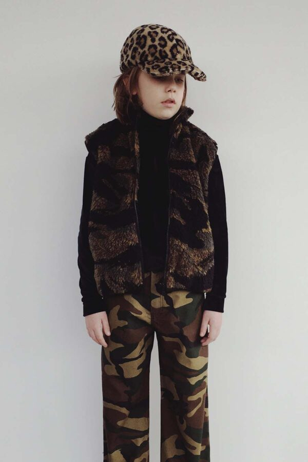 aw20_boysmans_019 Camo Pants Velvet Turtleneck Camo Sleeveless Jacket copy